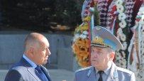росен-плевнелиев-празнува-за-първи-път-гергьовден-като-главнокомандващ-4281.jpg
