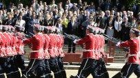 росен-плевнелиев-празнува-за-първи-път-гергьовден-като-главнокомандващ-4297.jpg
