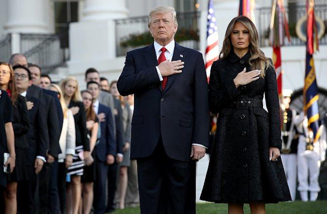 доналд-тръмп-запази-минута-мълчание-по-повод-16-ата-годишнина-от-атентатите-на-11-септември-48974.jpg