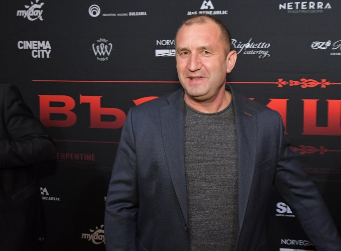 събития-президент-и-министър-за-първи-път-на-премиера-на-български-филм-50897.jpg