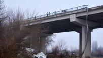 тир-падна-от-мост-в-река-марица-край-харманли-53242.jpg