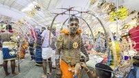 хиндуисти-изпълняват-древен-ритуал-в-преклонение-към-бог-муруган-53651.jpg