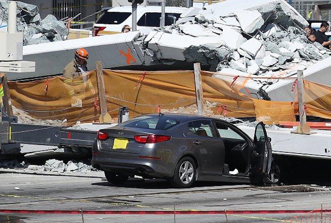 новопостроен-мост-рухна-във-флорида-има-загинали-55340.jpg