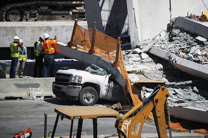 новопостроен-мост-рухна-във-флорида-има-загинали-55345.jpg