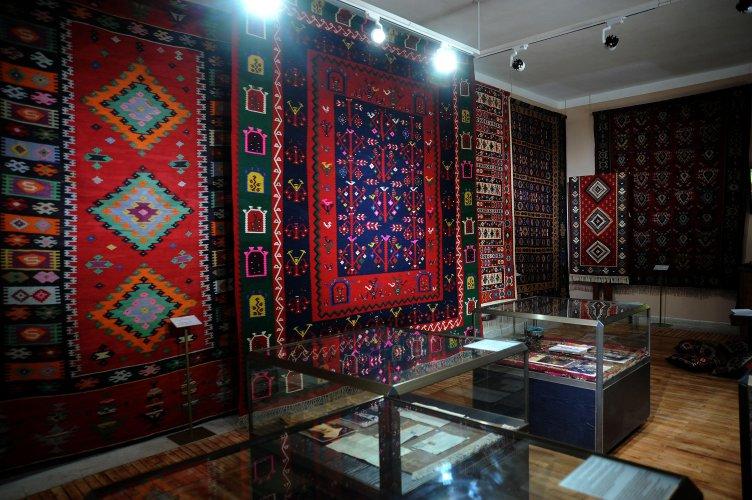 за-пета-година-чипровци-организира-quot;фестивал-на-чипровския-килим-quot;-57224.jpg