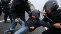 навални-и-около-1350-негови-поддръжници-са-арестувани-по-време-на-протестите-в-русия-57255.jpg