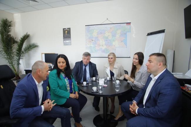 Ева Майдел и Лиляна Павлова посетиха общините Божурище, Драгоман и Сливница