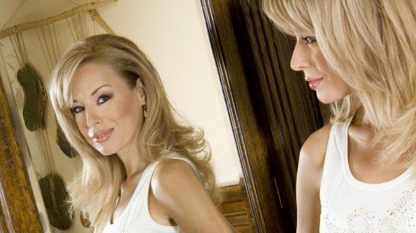 Мира Добрева и Гала са най-елегантните българки в публичното пространство