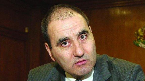 """Несериозни са твърденията за коалиция между ГЕРБ, """"Атака"""" и ДПС"""