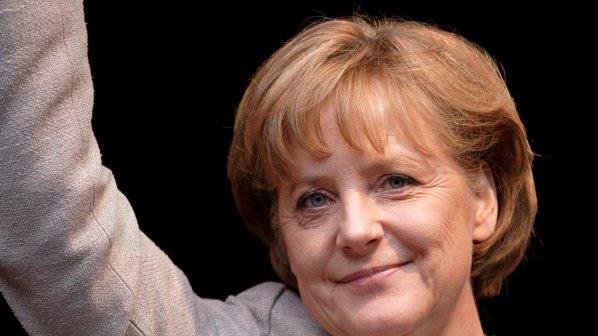 Меркел: в Гърция, Испания и Португалия малко работят