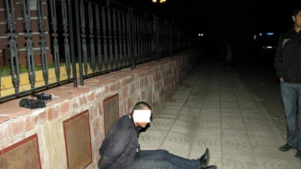 Обраха мъж на улицата