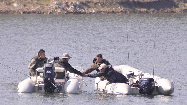 Спипаха петима бракониери край язовир Жребчево