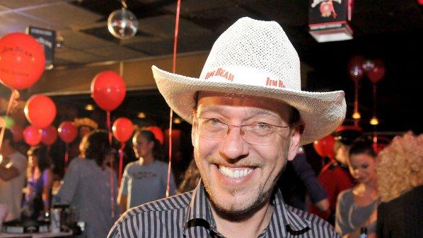 Дим Дуков: Р. Петков държи Станишев със секс компромат