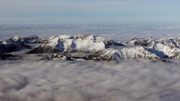 Свещеник ще катери връх в Алпите