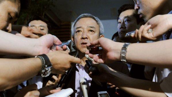Японският министър на възстановяването се оттегли след 7 дни на власт