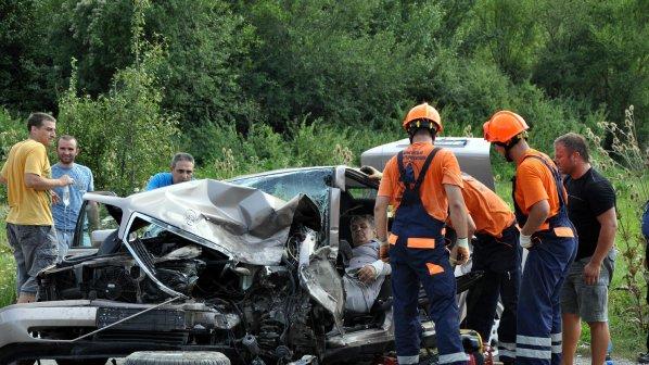 Катастрофа затвори пътя София - Варна