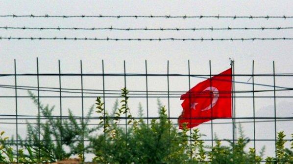 Заловиха деветима нелегални емигранти на българо - турската граница