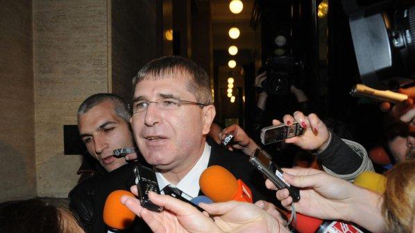 Държавата съди Ковачки за 29 млн. лв.