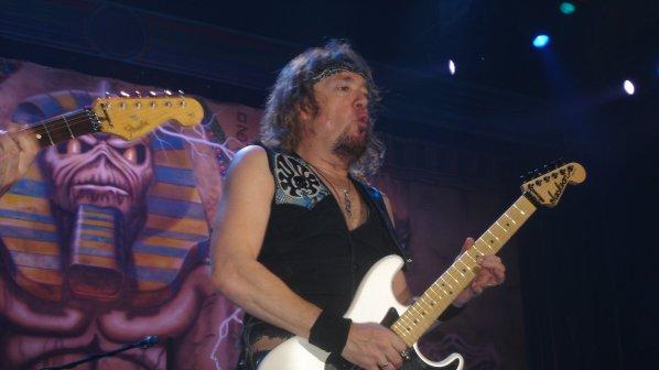Китаристът на Iron Maiden обяви нова банда