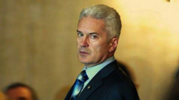 Волен Сидеров: Отцепниците си продадоха задниците!