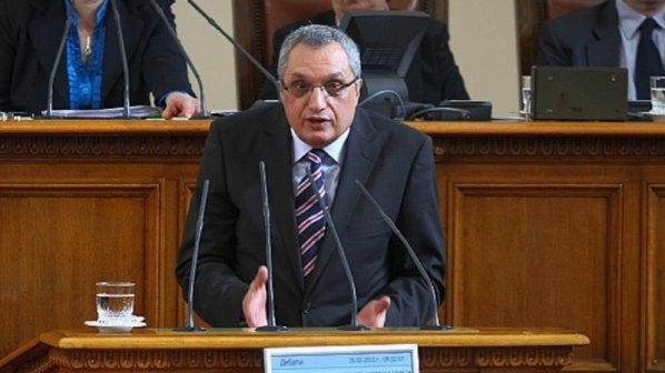 Иван Костов: Изглежда, че Борисов не може да разпореди нищо на Цветанов