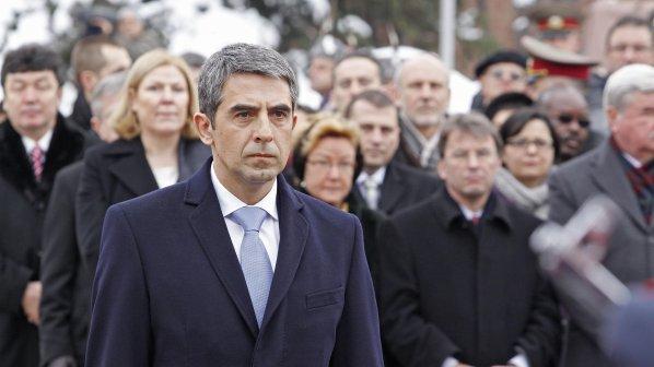 Росен Плевнелиев отзовава 17 посланици ченгета