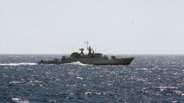 Иранските военни кораби акостираха в сирийско пристанище