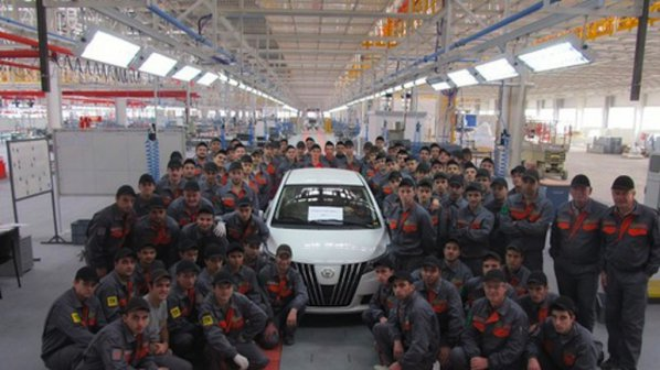 """Заводът на """"Литекс моторс"""" започва работа до 10 дни"""