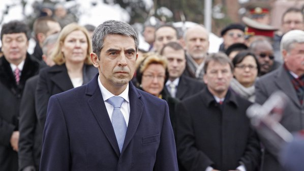 Плевнелиев издаде указ за шефовете на НРС и НСО