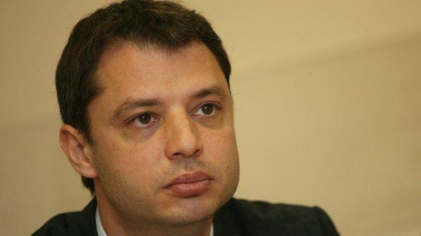 Делян Добрев: Не трябваше да инвестираме във ВЕИ