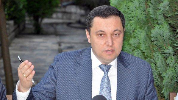 Яне Янев: БСП и ДПС да направят паметник на Цветанов