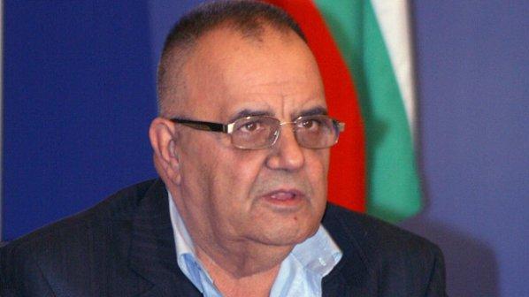 Проф. Димитров: Наглост е отстраняването на Ботев и Левски от учебниците