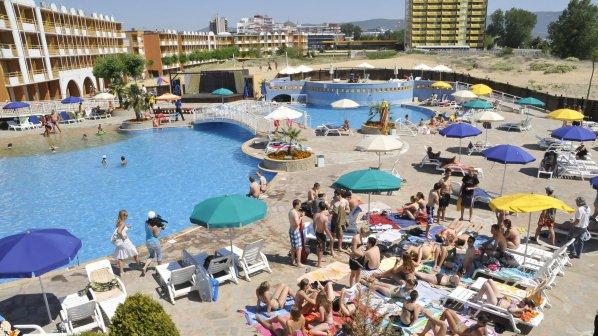 Пиян британец оскуба 48 000 евро от хотел в Слънчев бряг - счупил си крака