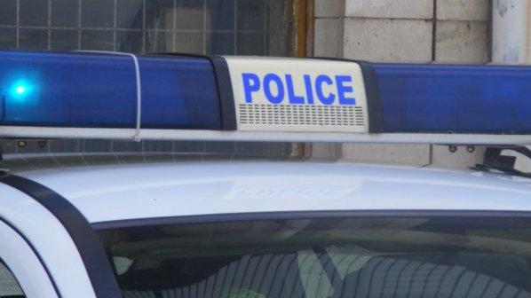 Готвач прегази трудови инспектори при проверка