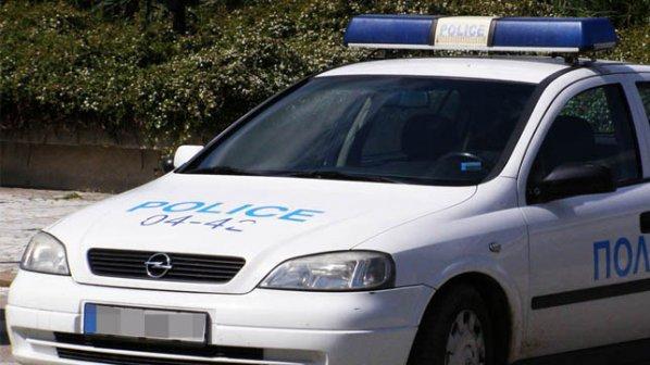 Мъж изнасили 16 - годишна в дома си