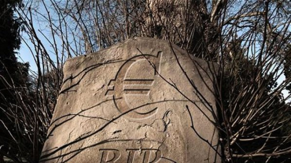 Германски икономист: Еврозоната има още 10 години живот