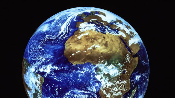 Планети, подобни на Земята - под път и над път