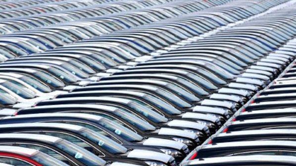 Китай отчете рекордни продажби на автомобили