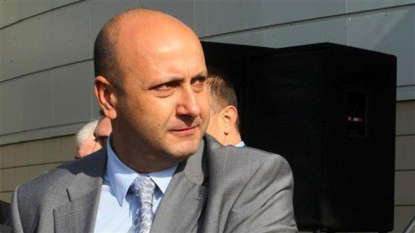 """Прокуратурата проверява """"строго секретни"""" документи, касаещи Станимир Флоров"""