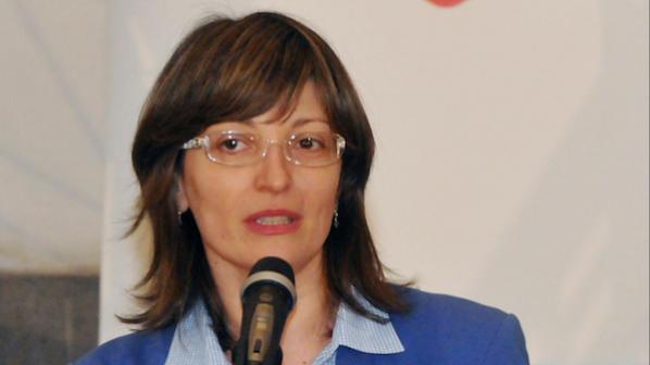 Захариева: Не може в правова държава да има нерегламентирано подслушване
