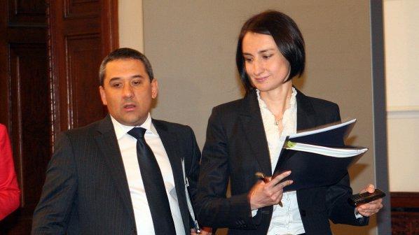 Деяна Костадинова гостува на завод в столицата