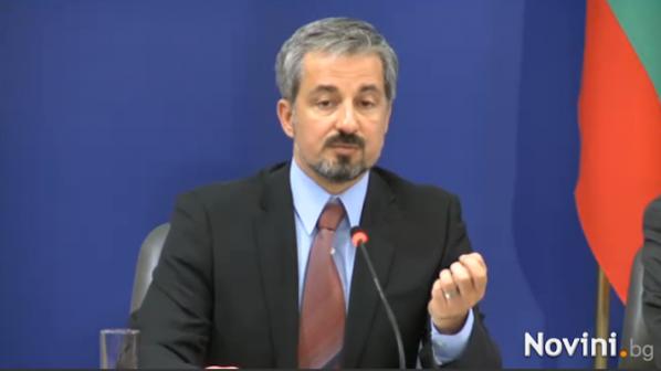 Захариева: Проблемът с монополите се решава със силен регулатор