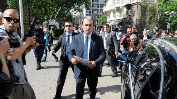 Пресаташето на ДПС стана зам.-министър на културата, Орешарски назначи общо 17 зам. - министри