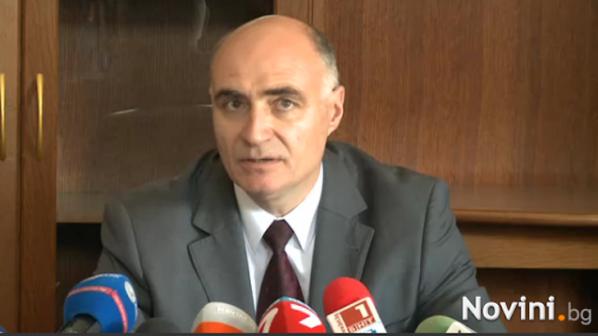 Военни прокурори: Разследваме повече от година ген. Киров