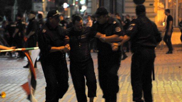 Amnesty International: Незабавно разследване на използването на сила в протестите
