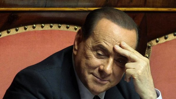 Берлускони разкритикува присъдата си и заяви, че ще остане в политиката
