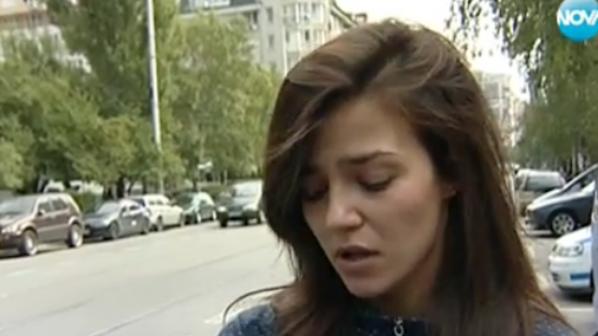 Полицаи към арестувано момиче: Леле, какъв секс те чака! (видео)