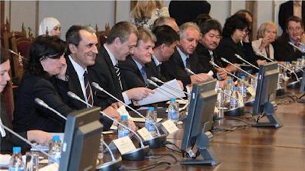 Орешарски пред посланиците: Ще запазим пълна приемственост във външната политика