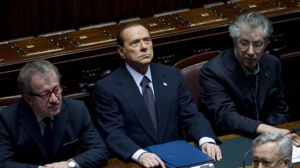 Берлускони припадна