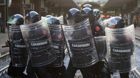Полиция и студенти се биха в Рим